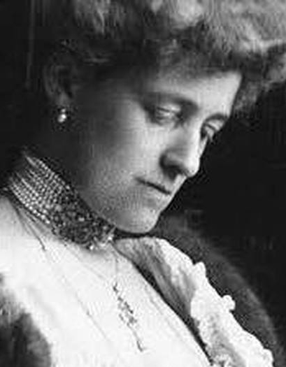 an introduction to the literature by edith wharton Justice to edith whartonjune 29, 1938before edith wharton died, the more commonplace work of her later years had had the effect of dulling the reputation of her earlier and more serious work it .